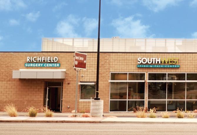 Richfield Surgery Center Exterior